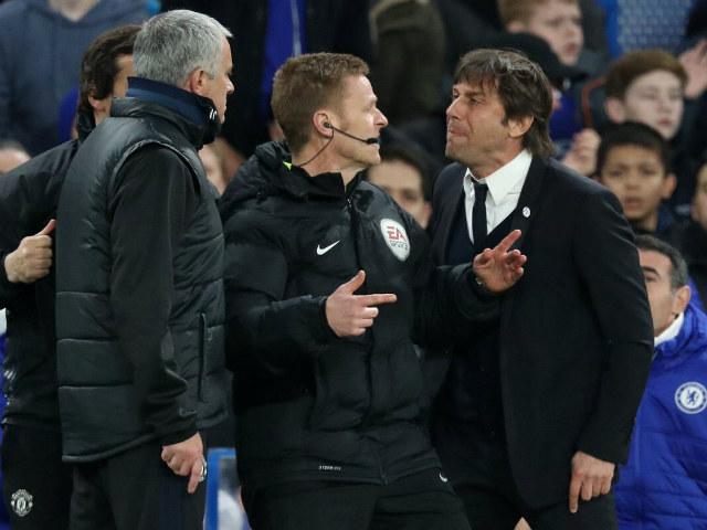 """MU lo đại chiến Chelsea: Trọng tài """"hung thần"""", tuyến giữa lục đục 4"""