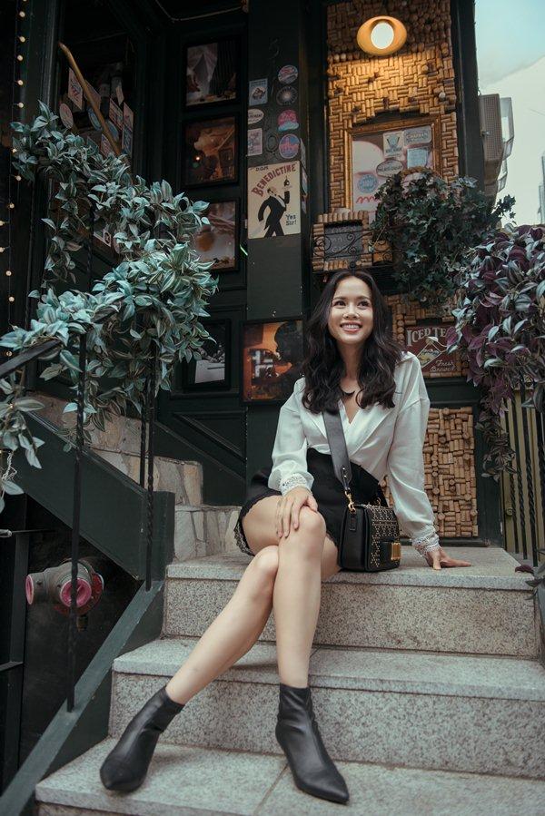 """Vũ Ngọc Anh: """"Hoa hậu nhiều hơn dân thường, người đẹp khó tồn tại trong showbiz"""" - 2"""