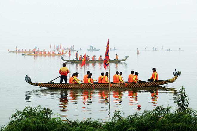 Lễ hội đua thuyền Hồ Tây: Đội Hà Nội đua kiểu lạ - 8