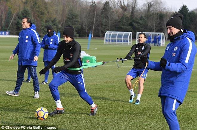 """Đấu MU: Chelsea luyện """"kéo xe"""", Conte lộ bài với Mourinho 3"""