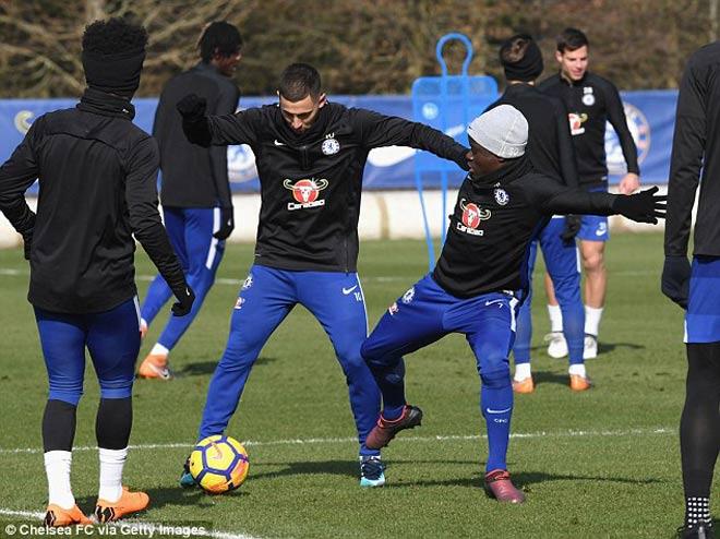 """Đấu MU: Chelsea luyện """"kéo xe"""", Conte lộ bài với Mourinho 7"""