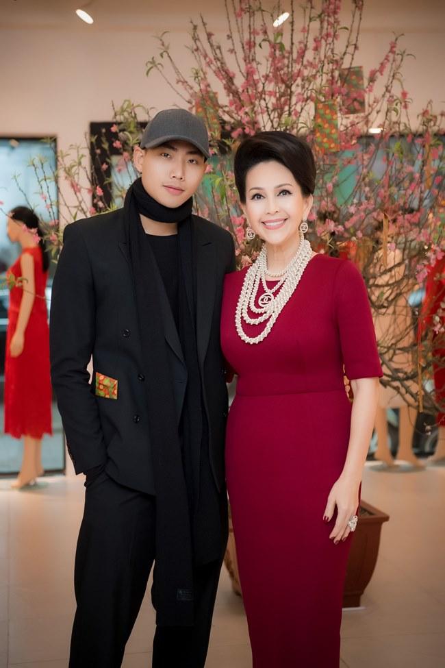 """Bốn """"chàng thơ"""" khai xuân ở Hà Nội cùng NTK Đỗ Mạnh Cường - 7"""