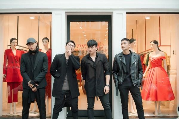 """Bốn """"chàng thơ"""" khai xuân ở Hà Nội cùng NTK Đỗ Mạnh Cường - 8"""