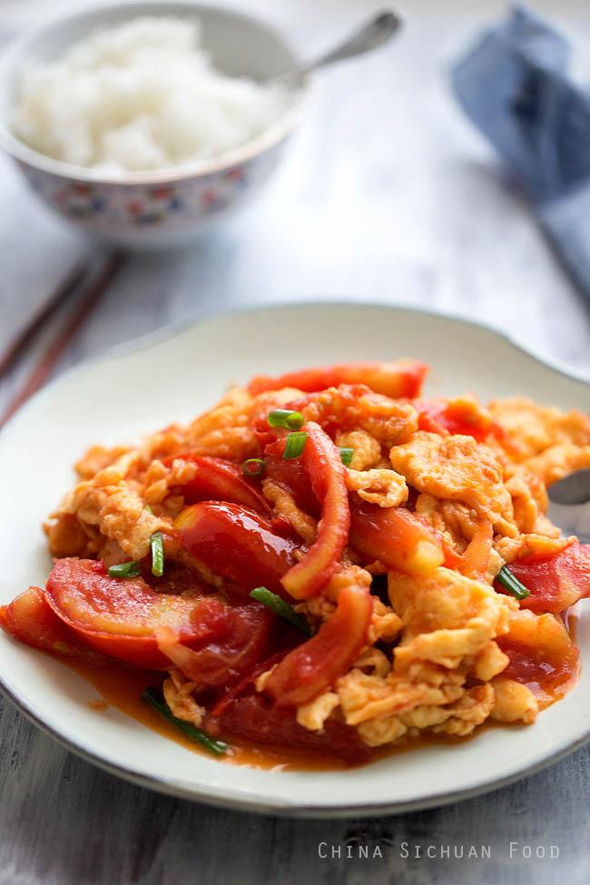 Cách làm trứng chiên sốt cà chua ngon ngọt đổi vị ngày đầu tuần - 5