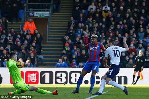TRỰC TIẾP Crystal Palace - Tottenham: Tân binh Moura vào trợ chiến Kane 21