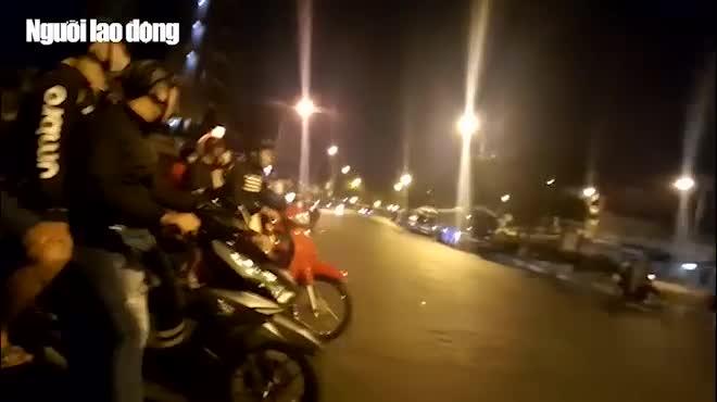 Ngang nhiên chặn đường để đua xe ở TP HCM