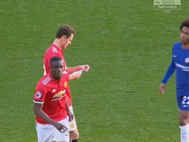 """Quái vật Lukaku rũ bỏ """"xiềng xích"""": Bậc thầy Mourinho, cú hích Sanchez 4"""