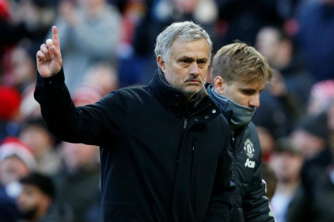 MU hạ đẹp Chelsea: Mourinho xem nhẹ Conte, hừng hực thách đấu Liverpool 1