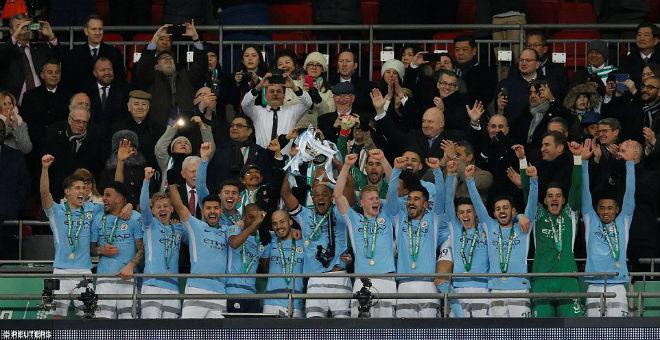Man City giành cúp, fan Arsenal hổ thẹn, báo chí Anh đòi sa thải ngay Wenger 3