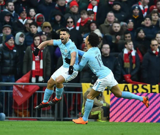 Man City hạ Arsenal vô địch: Guardiola hiên ngang trên đỉnh nước Anh 4