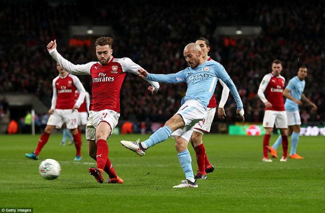 Man City hạ Arsenal vô địch: Guardiola hiên ngang trên đỉnh nước Anh 8