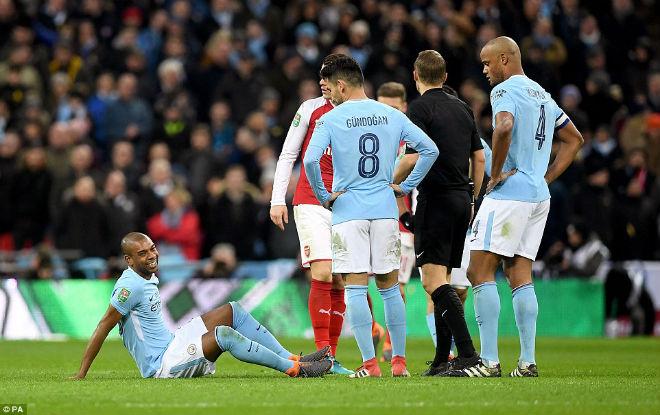 Man City hạ Arsenal vô địch: Guardiola hiên ngang trên đỉnh nước Anh 9