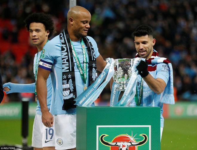Man City hạ Arsenal vô địch: Guardiola hiên ngang trên đỉnh nước Anh 13