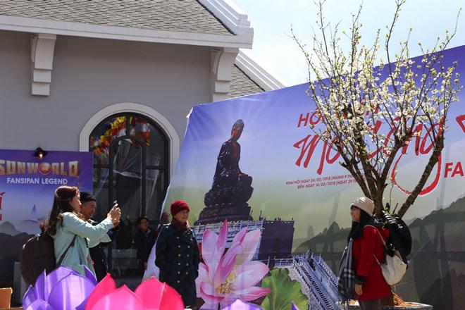Sa Pa khai mạc hội xuân mở Cổng Trời Fansipan - 3