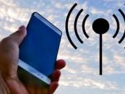 Công nghệ thông tin - Tín hiệu điện thoại liệu có tốt hơn khi giơ máy lên cao?