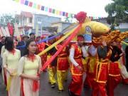 Tin tức du lịch - Hải Phòng: Độc đáo lễ hội rước cá Sủ vàng 3 năm mới có 1 lần