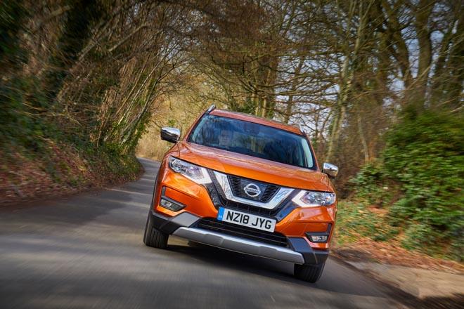 Nissan bổ sung thêm phiên bản Platinum cho X-Trail 2018 - 3