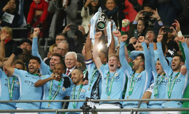 """Pep – Man City có danh hiệu đầu: Mơ ăn 3 để """"cười vào mũi"""" MU - Mourinho 2"""