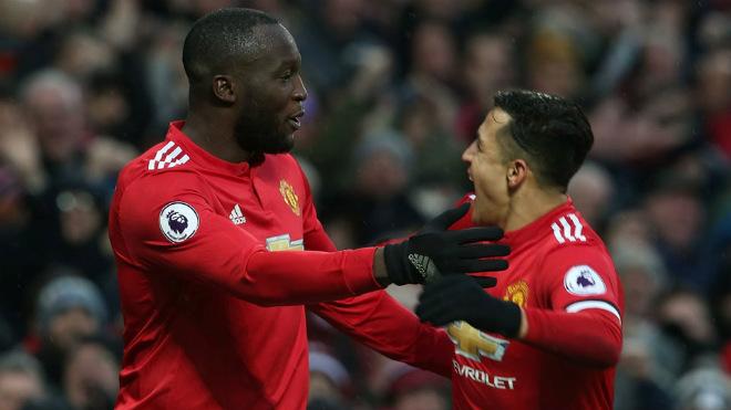 """Quái vật Lukaku rũ bỏ """"xiềng xích"""": Bậc thầy Mourinho, cú hích Sanchez 2"""