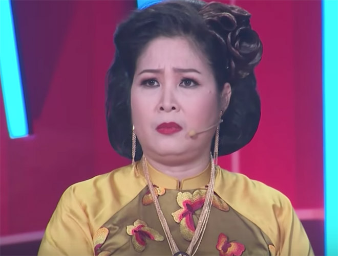 NSND Hồng Vân mở lại sân khấu kịch sau 2 ngày đóng cửa vì thua lỗ hơn 2 tỷ đồng