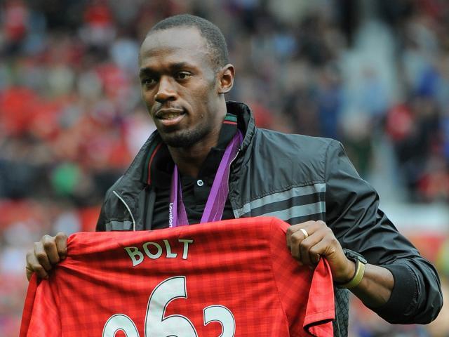 """""""Tia chớp"""" U.Bolt: Đá bóng cấp """"làng"""", Mourinho sao dám nhận về MU 4"""