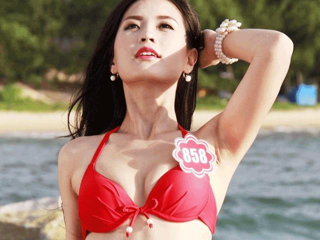"""Hương Giang Idol và """"nữ thần chuyển giới Thái Lan"""": Ai mặc áo tắm sexy hơn? - 15"""