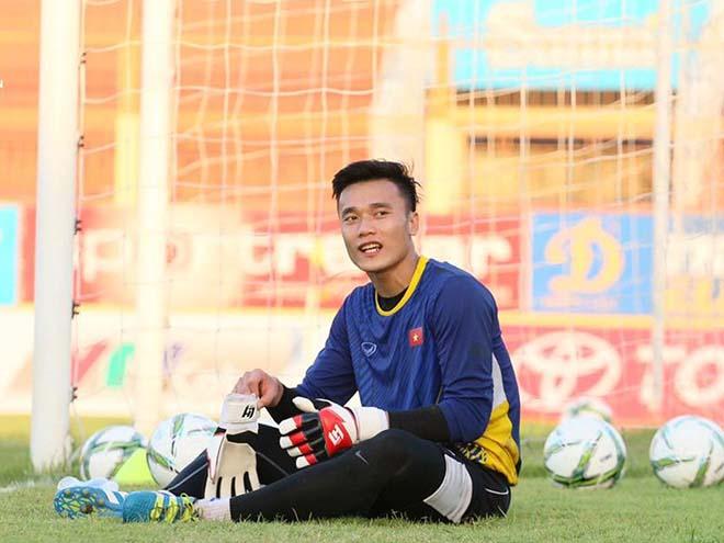 Tiến Dũng U23 Việt Nam hay nhất Đông Nam Á: Sức mạnh triệu fan Việt