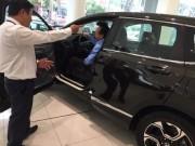 Thị trường - Tiêu dùng - Thị trường ô tô ảm đạm sau Tết, nhiều ưu đãi bị cắt giảm