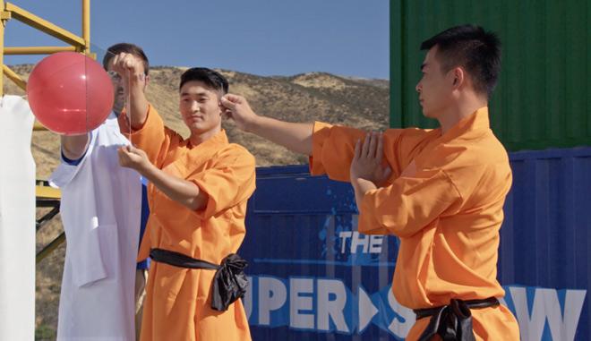 72 tuyệt kỹ Thiếu Lâm: Choáng treo cổ ngồi thiền, phi kim xuyên kính chưa là gì 1