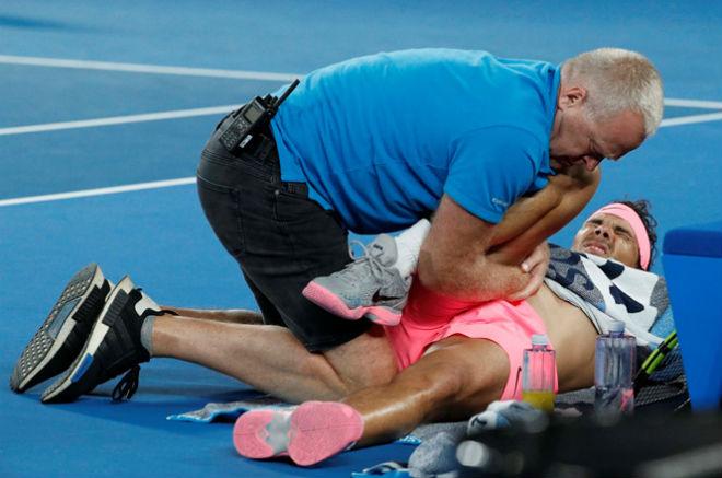 """Federer sức nhàn chống địch mỏi: Nadal sẽ lại """"hít khói"""" kình địch 2"""