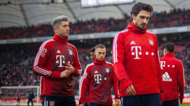 """""""Đại bàng"""" Lewandowski làm loạn Bayern, đòi đi: MU đánh tiếng, Lukaku lo sợ"""