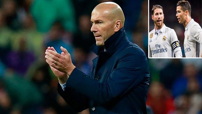 """Real nổi sóng: Ronaldo & Ramos """"dạy khôn"""" Zidane, xử """"kẻ nổi loạn"""""""