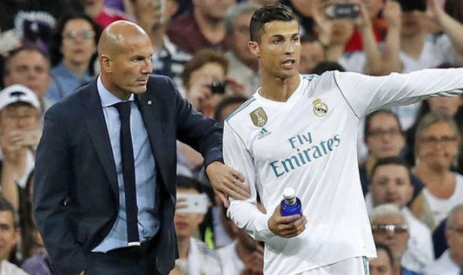 """Vua Ronaldo được đề cử thay Zidane, """"cấm"""" Real mua Harry Kane"""