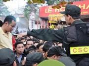 Tin tức trong ngày - Thiết lập 5 vòng an ninh bảo vệ lễ Khai ấn đền Trần