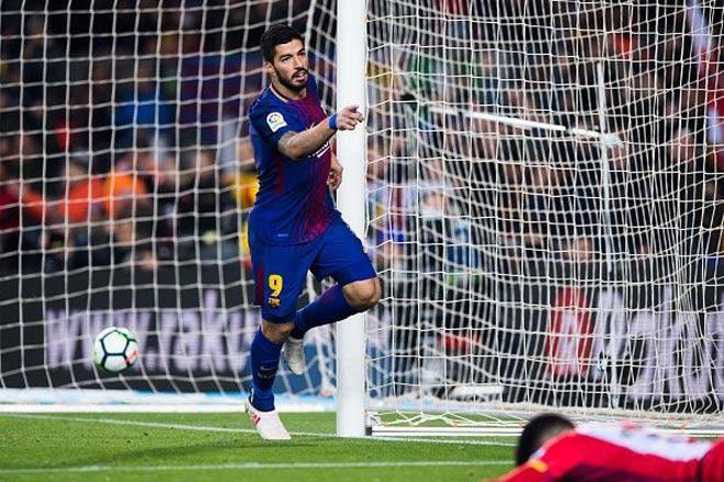 """""""Sát thủ tuổi băm"""" khuấy đảo châu Âu: Ai địch nổi Suarez, Cavani - 2"""