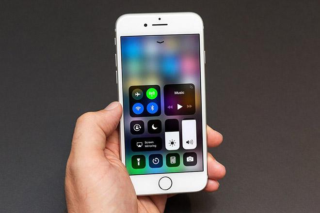 Tại sao các hãng di động đang khiến việc tắt Bluetooth khó khăn hơn?