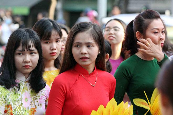 """Tiên nữ đi cà kheo, thầy trò Đường Tăng """"xuất hiện"""" ở Chợ Lớn - 15"""