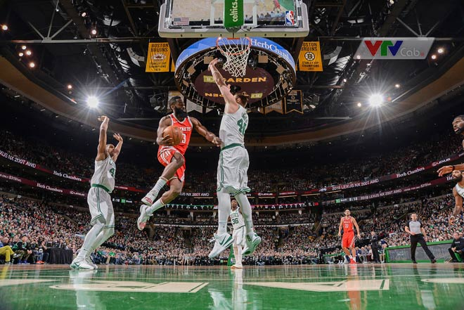 Houston Rockets - Bolton Celtics: Long tranh hổ đấu 2