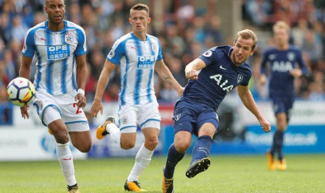 Chi tiết Tottenham - Huddersfield Town: Harry Kane kém duyên (KT) 24