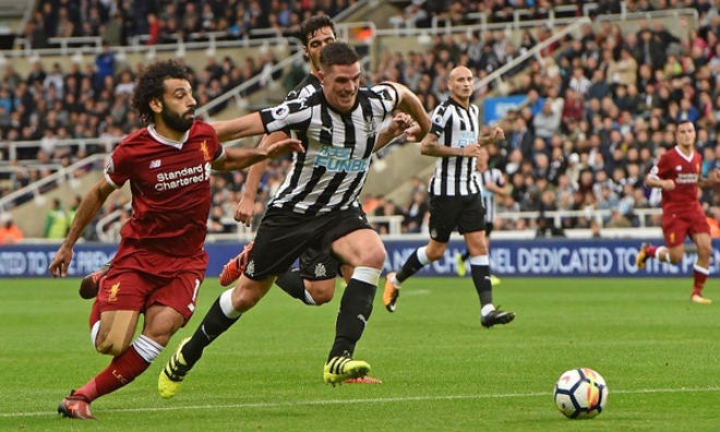 Chi tiết Liverpool - Newcastle: Liverpool mất penalty khó hiểu (KT) 21