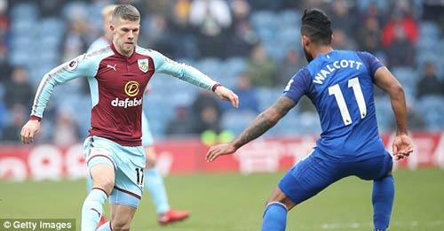 Chi tiết Burnley - Everton: Thẻ đỏ và hết hi vọng (KT) 29