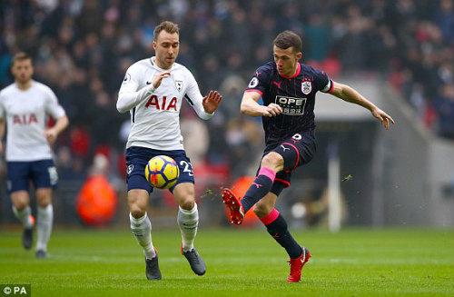 Chi tiết Tottenham - Huddersfield Town: Harry Kane kém duyên (KT) 21