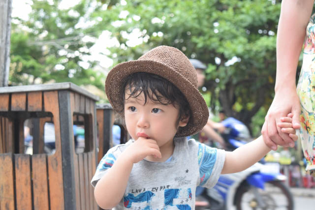 16 dấu hiệu cho thấy trẻ đang thiếu tình yêu thương của cha mẹ - 2