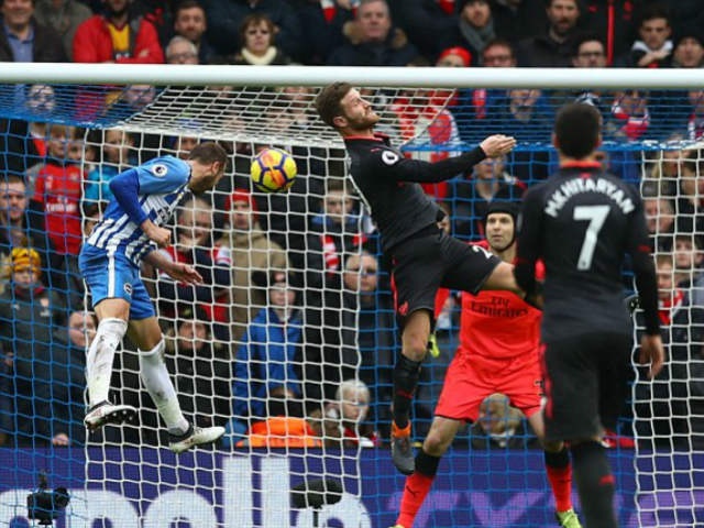 Bi kịch Arsenal: Wenger gan lỳ giữ ghế nóng, trò cũ đòi tiếm quyền 5