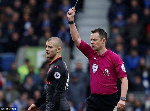 TRỰC TIẾP Brighton - Arsenal: Va chạm kinh hoàng, trận đấu gián đoạn 23