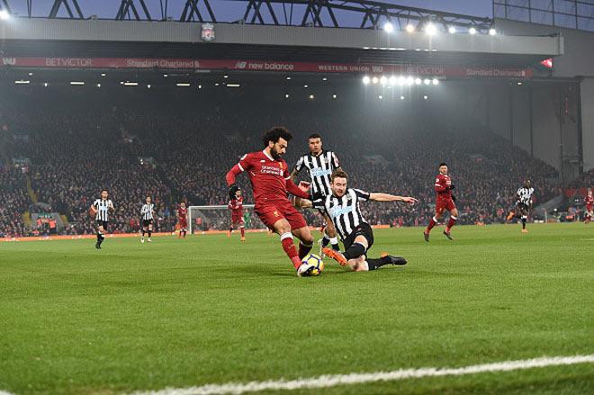 """""""Messi Ngoại hạng Anh"""" Salah 38 trận 32 bàn: """"Chất"""" hơn cả Messi xịn 1"""