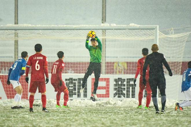 Sôi sục V-League 2018: Ngôi sao U23, vinh quang hay áp lực? - 4