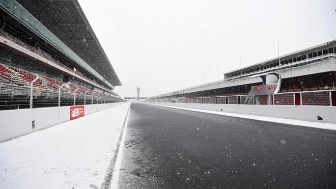 Đua xe F1 2018, thử xe đầu tiên: Khốn khổ vì mưa tuyết, sức mạnh bộc lộ 1