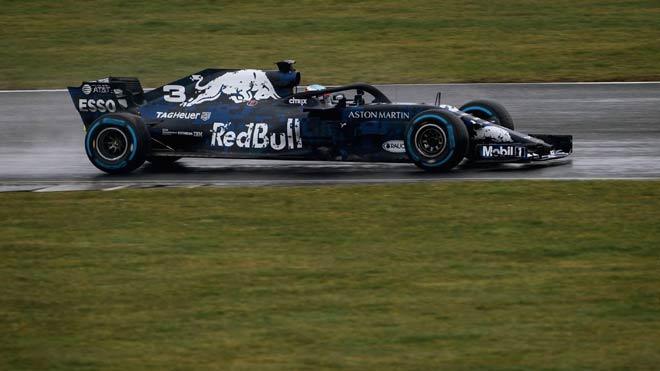 """Đua xe F1, ra mắt """"chiến mã mới"""": Tổng tấn công, dậy sóng đường đua 3"""