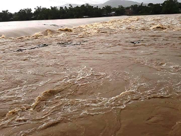 Nâng cấp bậc cảnh sát hi sinh khi cứu người trong dòng nước chảy xiết - 1